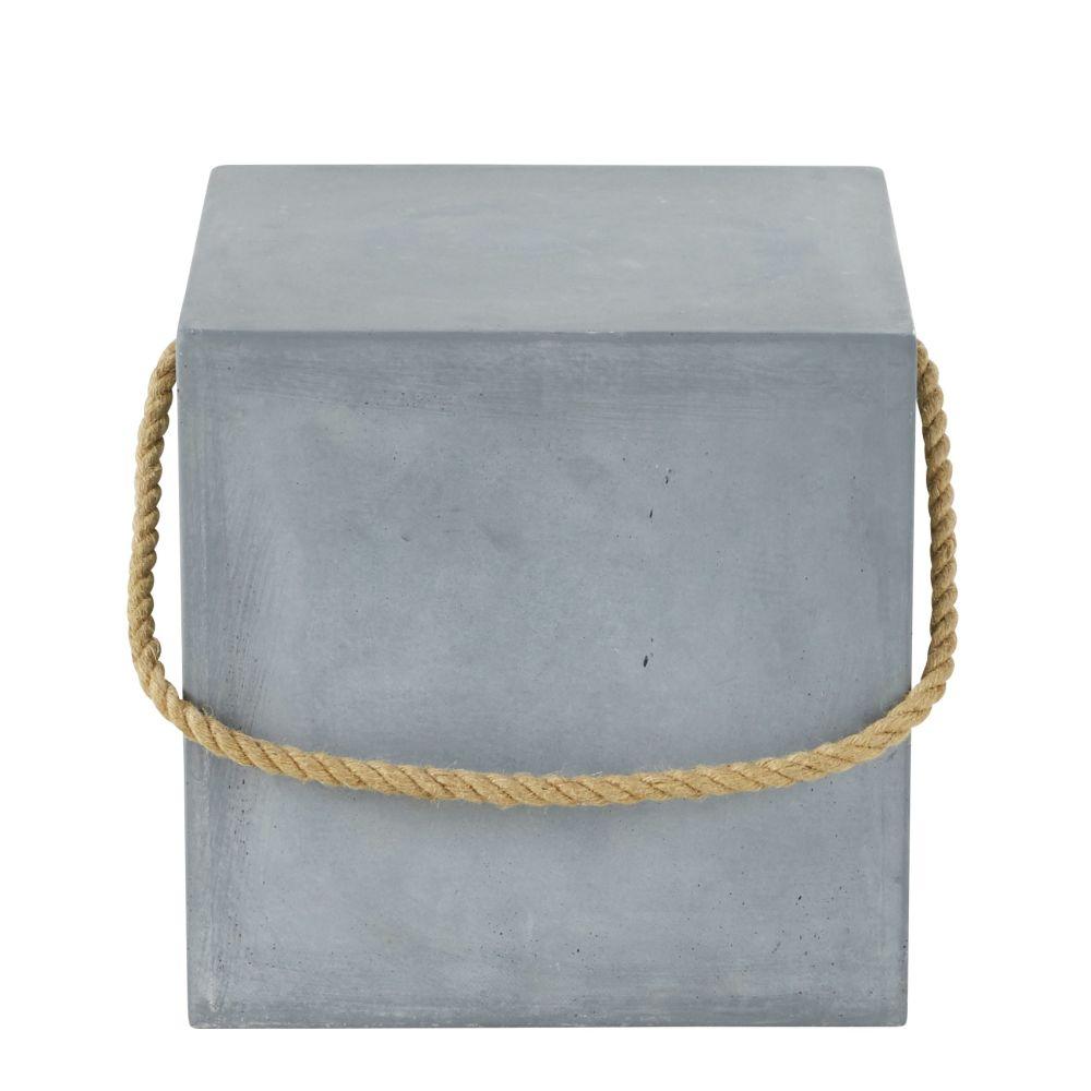 Bout de canapé en ciment et poignée en corde (photo)