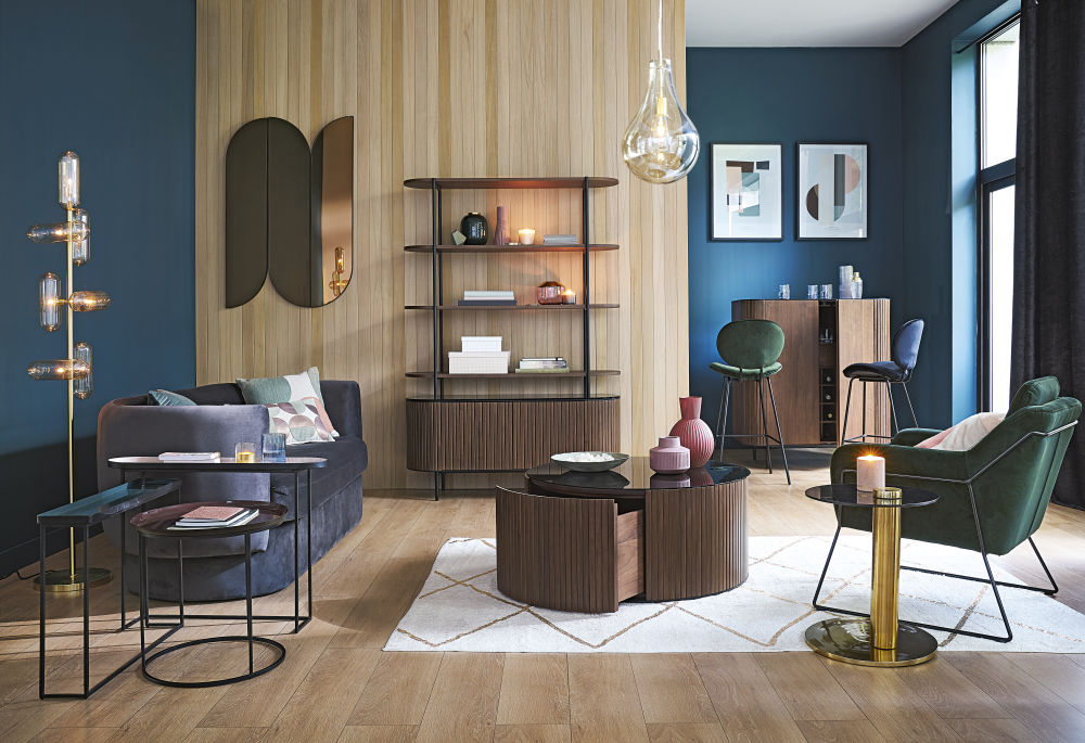 Chaise de bar en velours bleu et métal noir