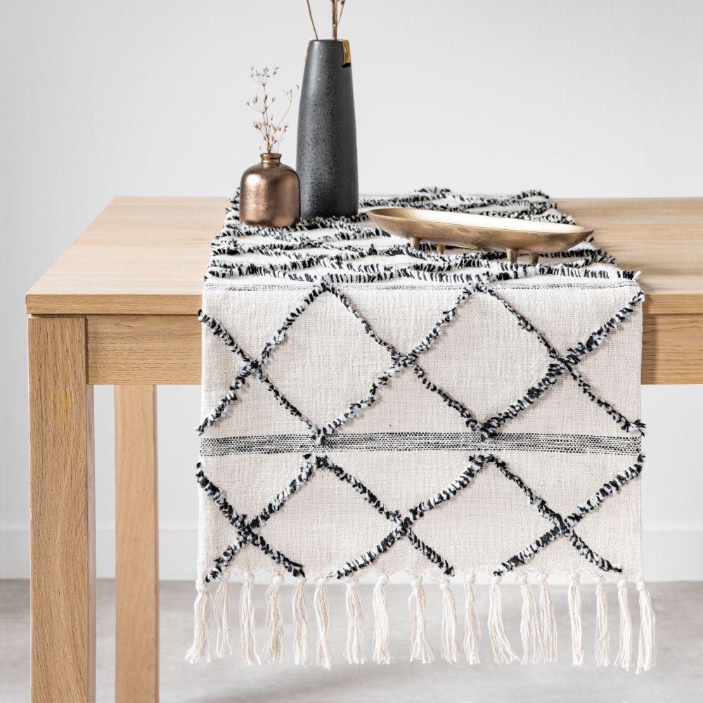 Chemin de table en coton tufté à franges écru, noir et gris 45x150