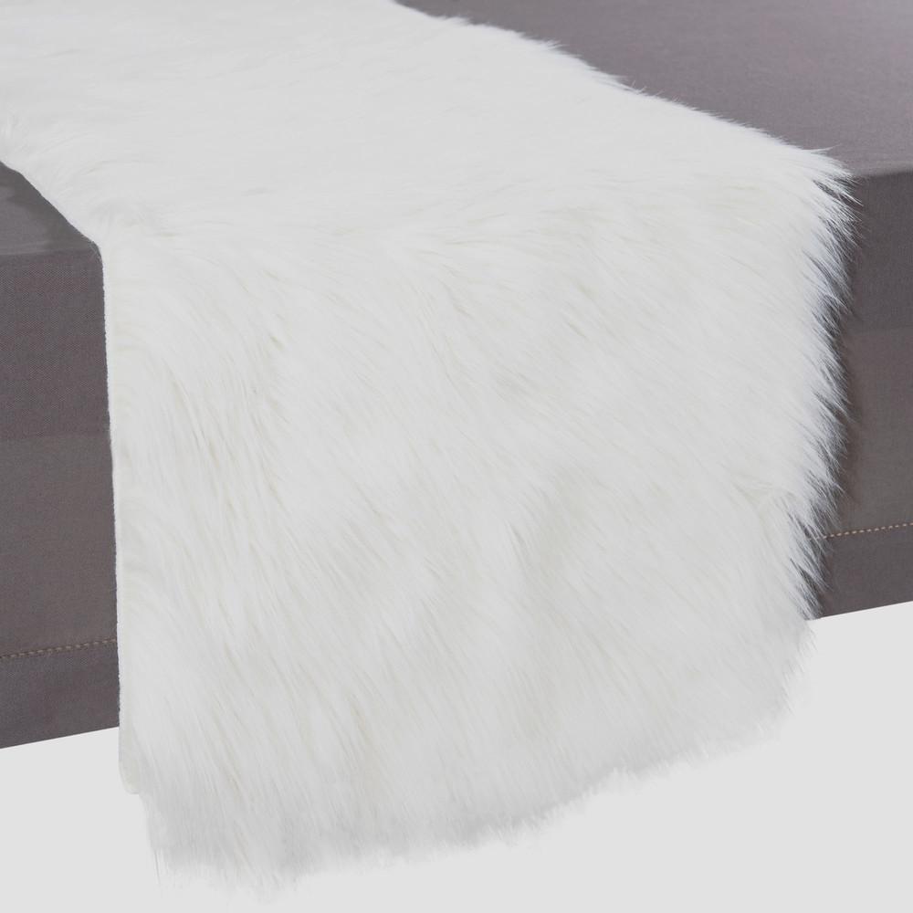 Chemin de table imitation fourrure blanche