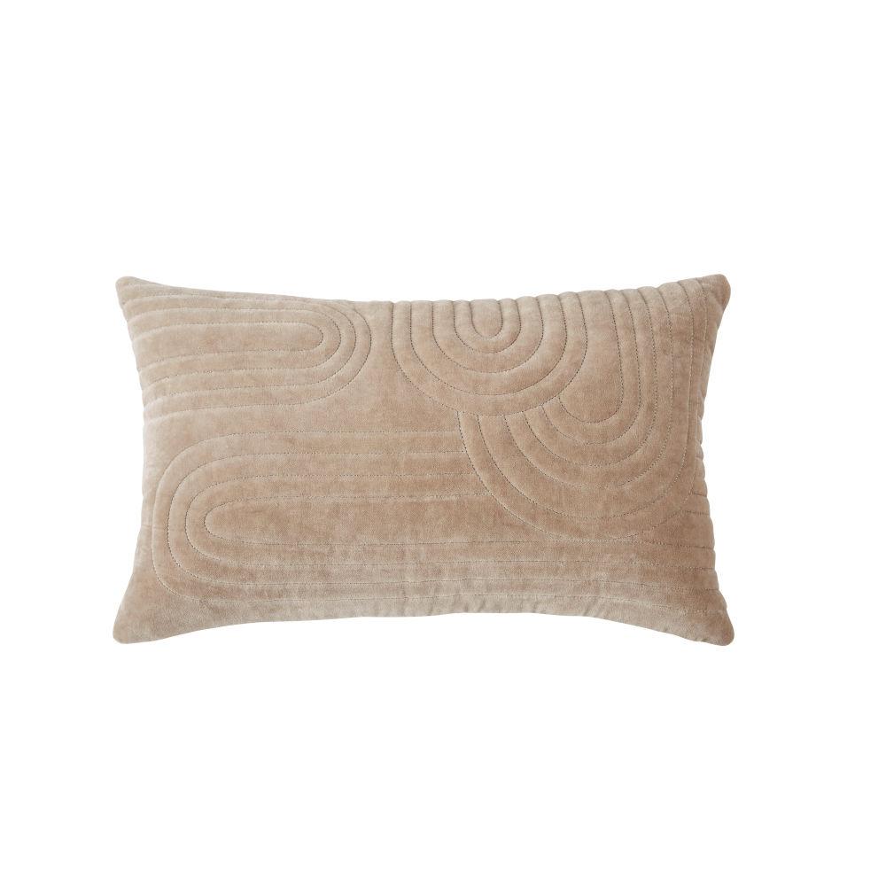 Coussin en velours de coton beige motifs reliefés et brodés dorés 30x50