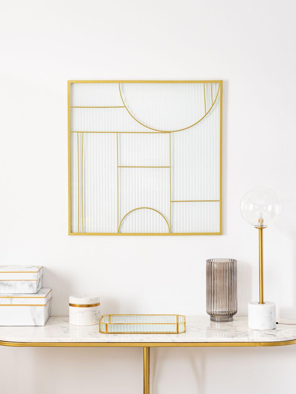 Déco murale en métal doré et verre 60x60