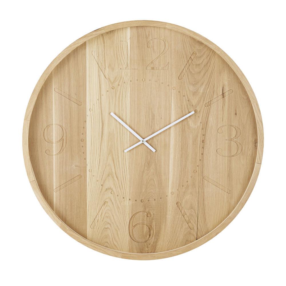 Horloge en chêne chiffres gravés aiguilles blanches D90