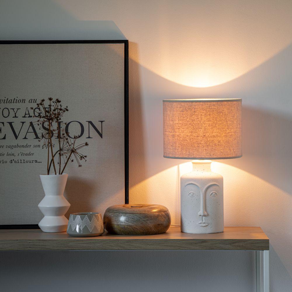 Lampe en céramique blanche relief visage
