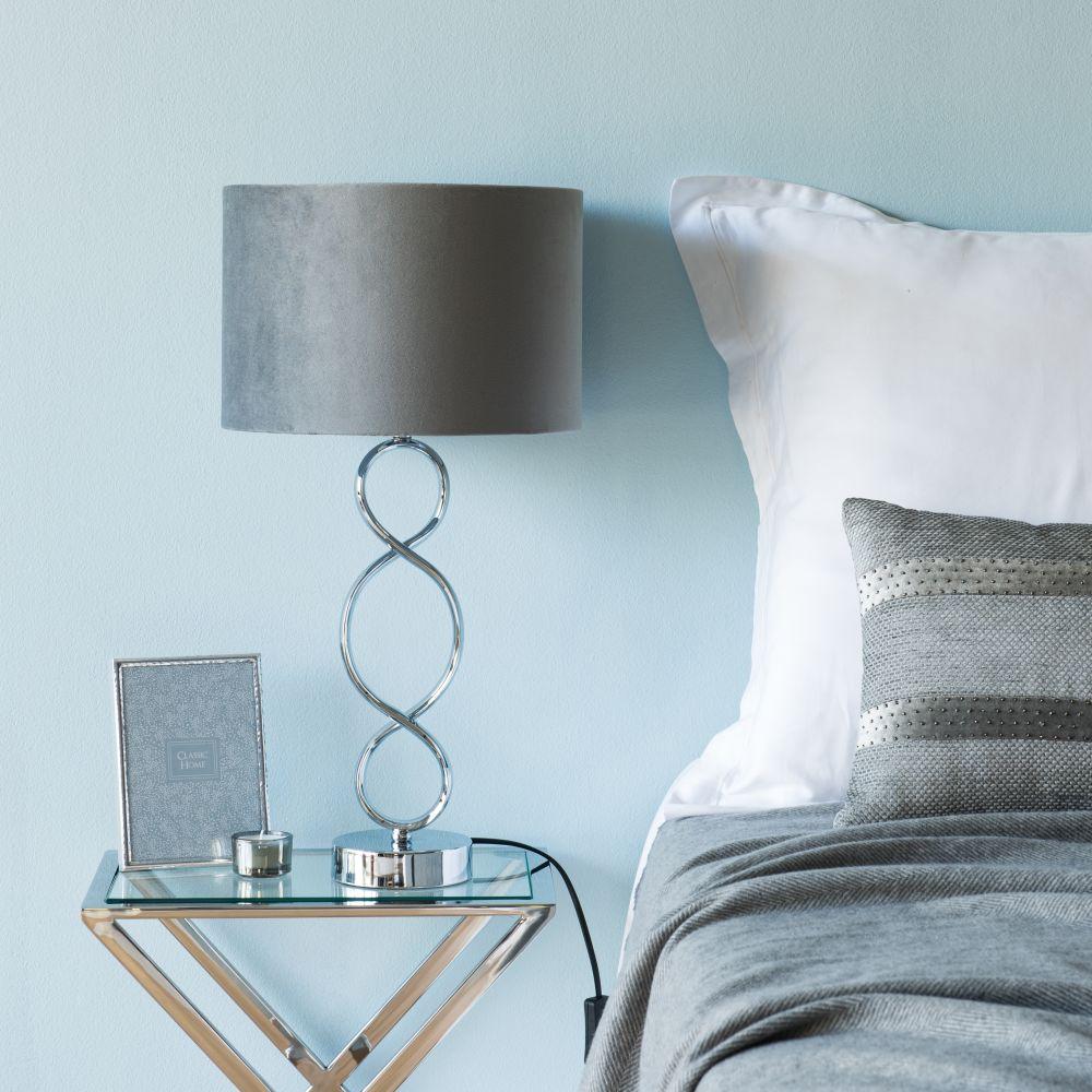 Lampe en métal et abat-jour en velours gris