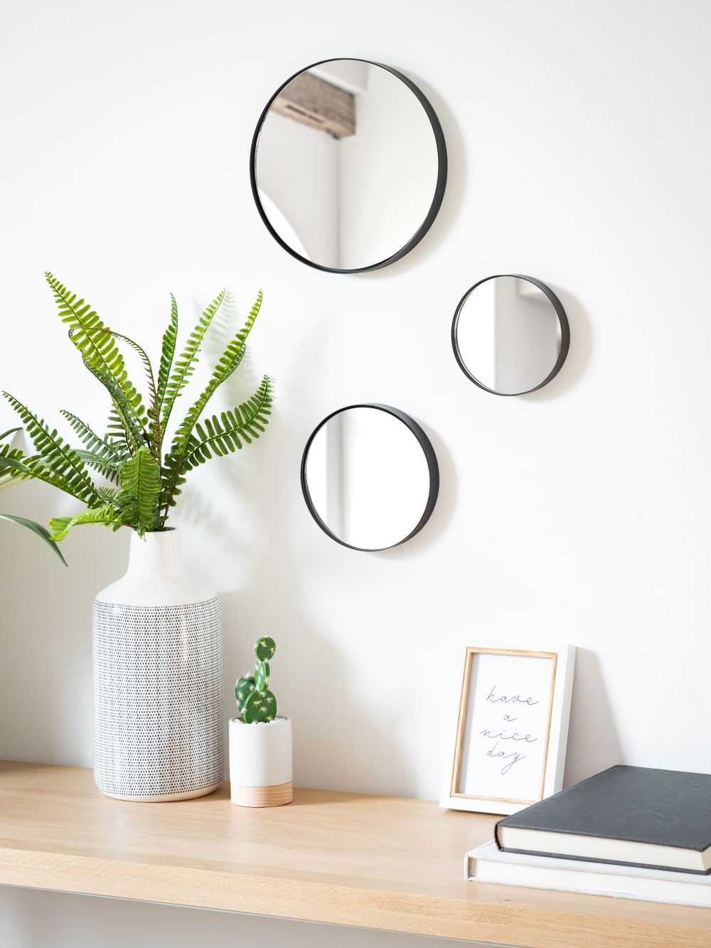 Miroirs ronds en métal noir D22 (x3)