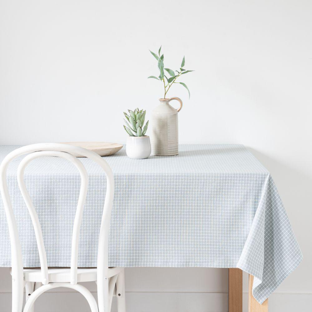 Nappe en coton bio motifs carreaux 150x150