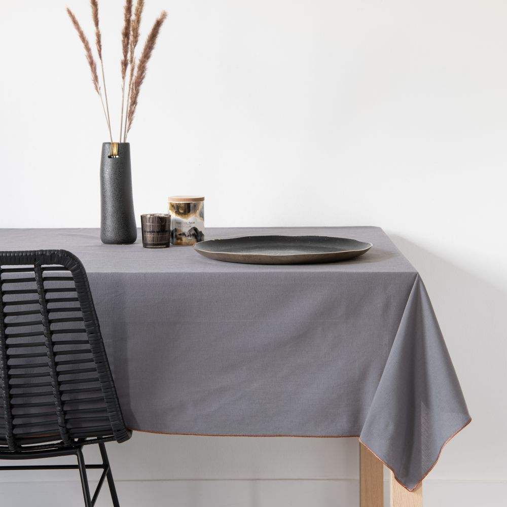 Nappe gris anthracite et coloris bronze 180x180