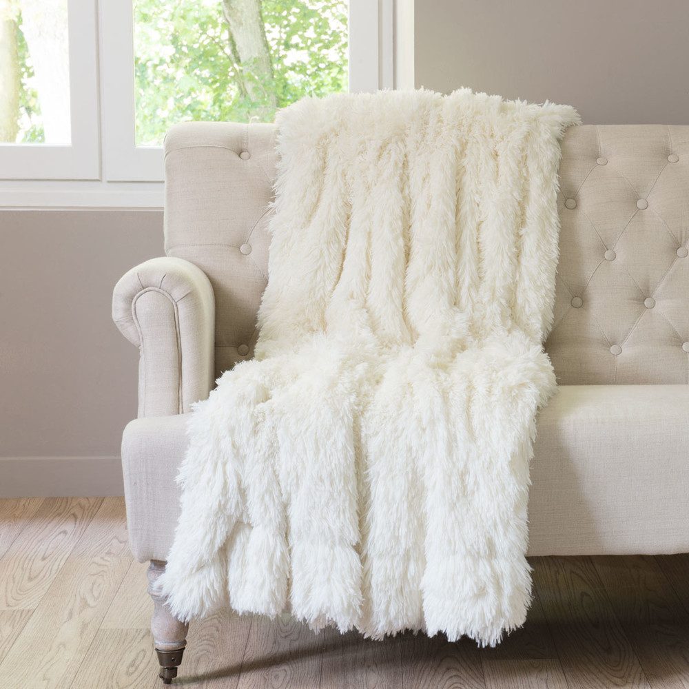 Plaid imitation fourrure blanche 130x170