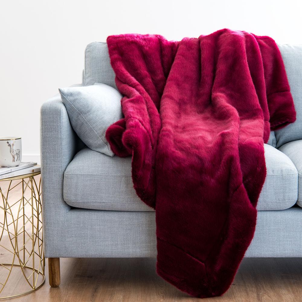 Plaid imitation fourrure rouge 150x180