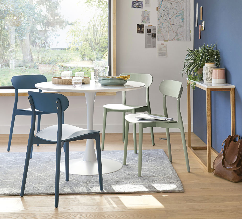 Photo of Round dining table in white d 100 cm