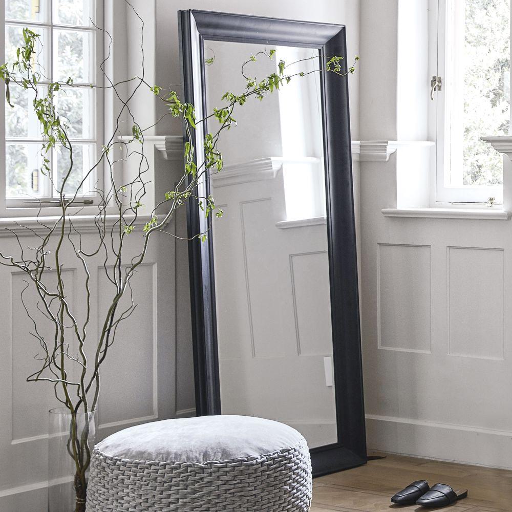 Spiegel mit Rahmen aus schwarzem Paulownienholz 80x180