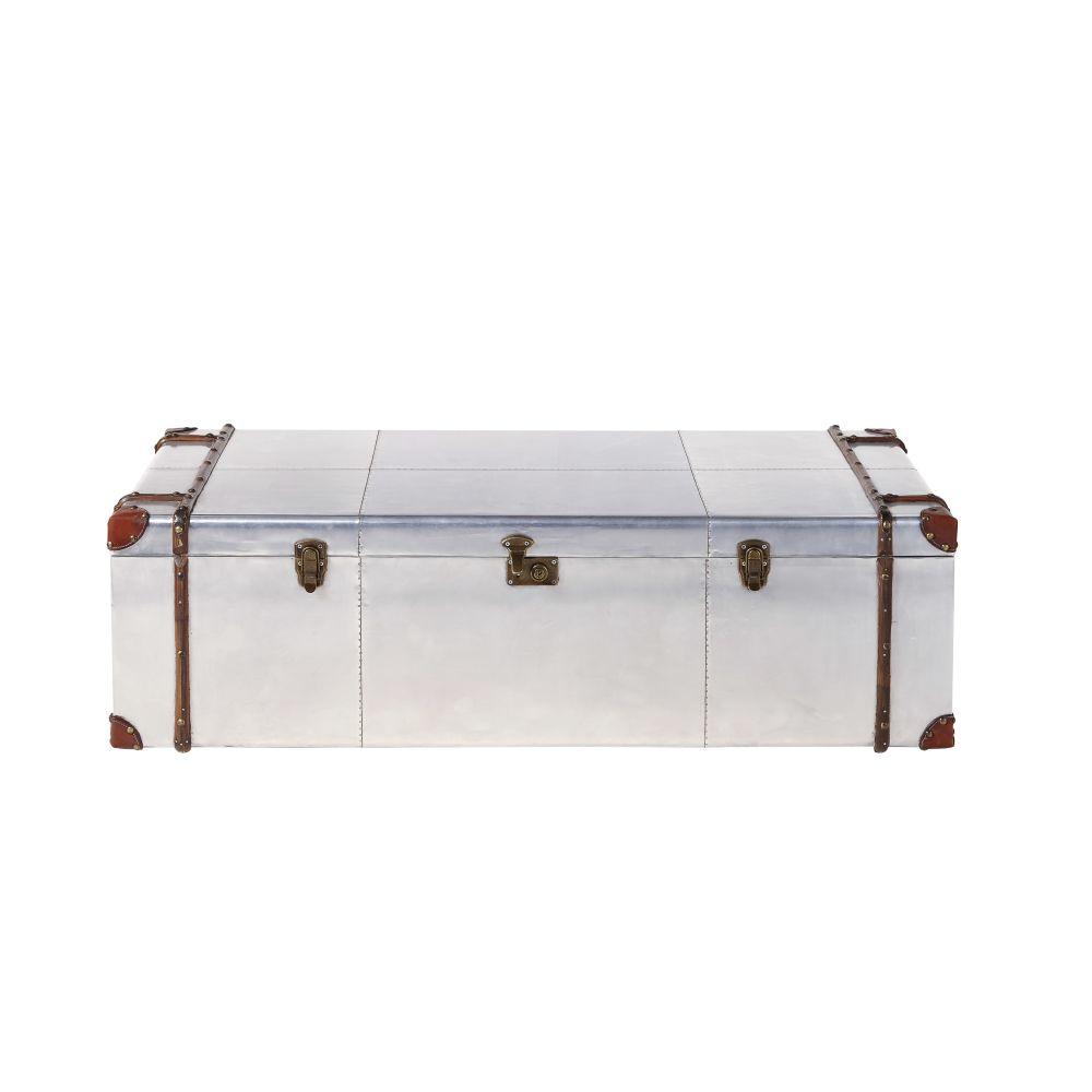 Table basse malle en aluminium clouté