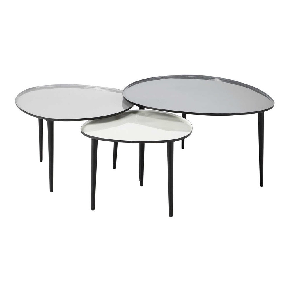 Tables gigognes en métal