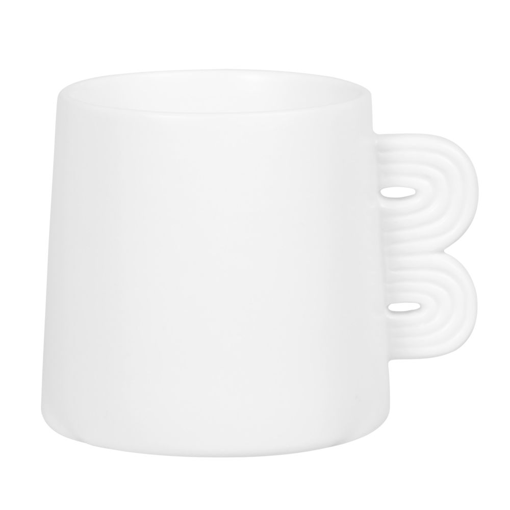 Tasse conique en porcelaine blanche