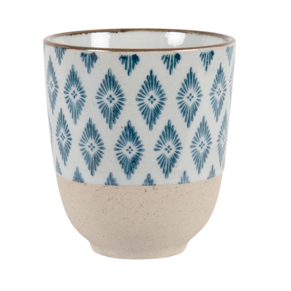 Tasse en faïence beige motifs losanges bleus