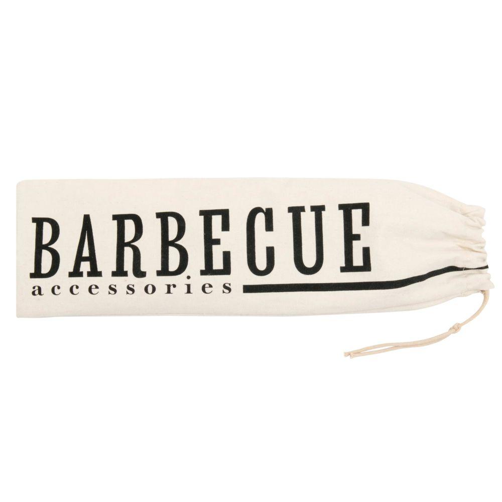 Des ustensiles pour le barbecue