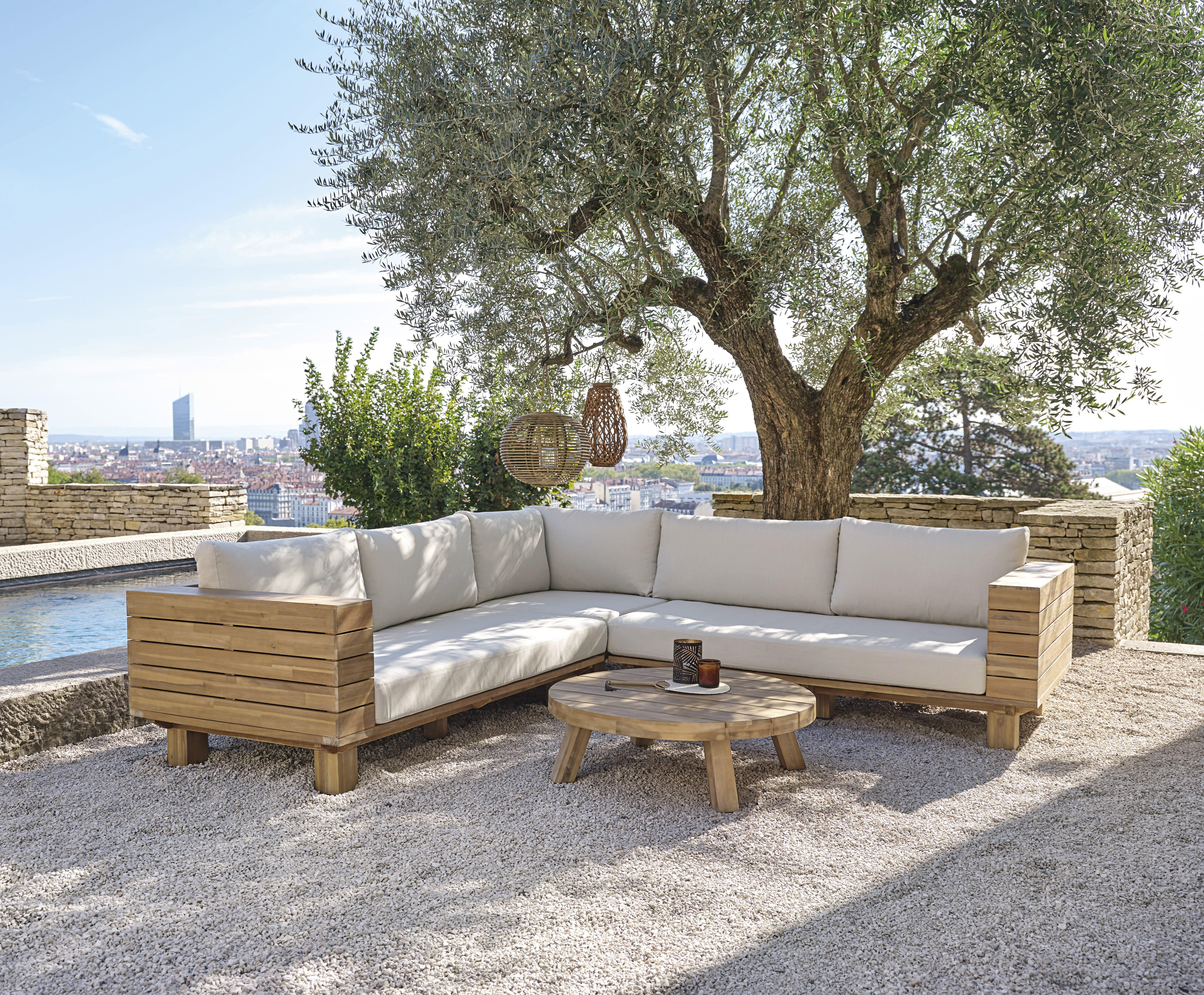 Terrasse mit Pool gestalten 20 Ideen   Maisons du Monde