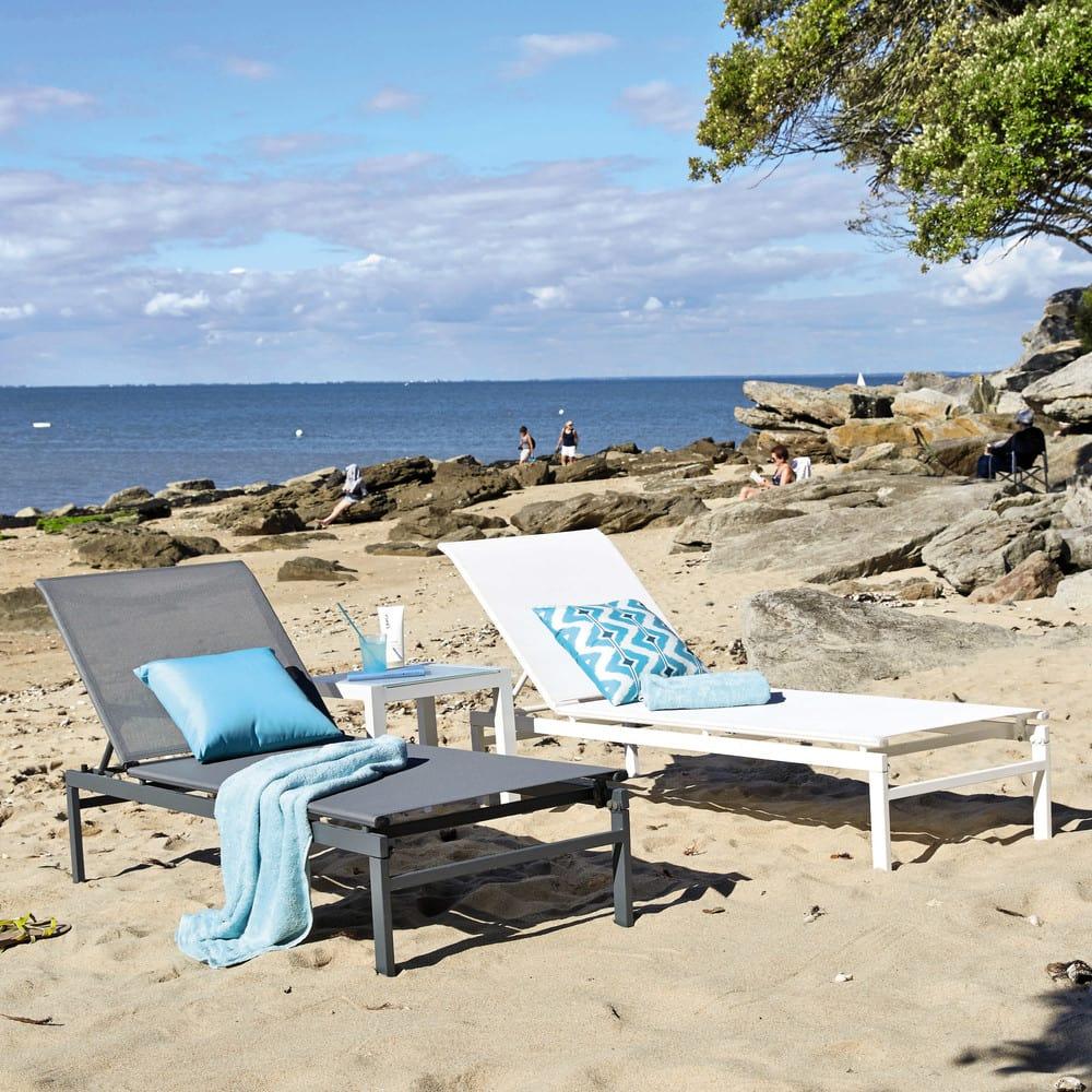 bain de soleil en m tal et toile plastifi e gris. Black Bedroom Furniture Sets. Home Design Ideas