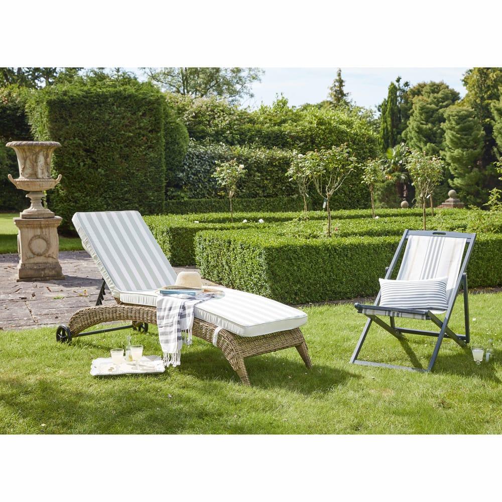 bain de soleil en r sine tress e et coussin cru cigale maisons du monde. Black Bedroom Furniture Sets. Home Design Ideas