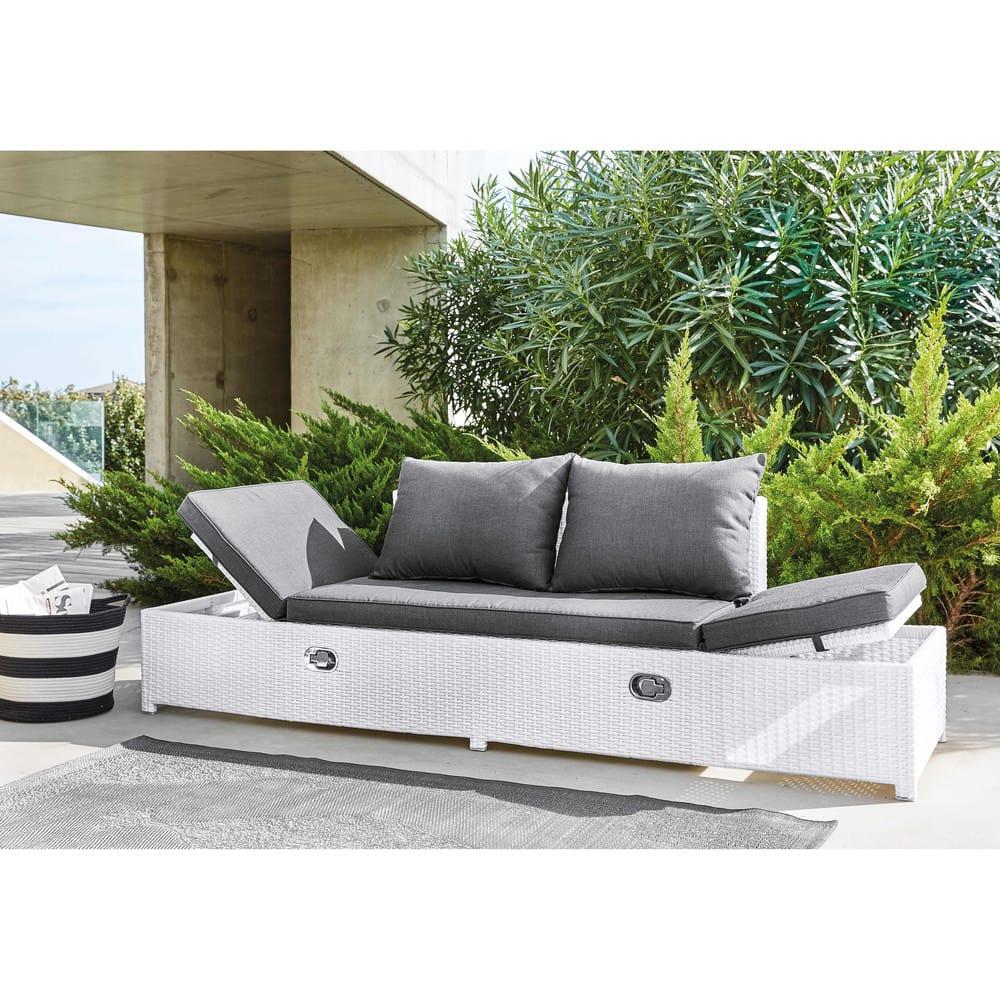 banquette de jardin en r sine tress e blanche et coussins. Black Bedroom Furniture Sets. Home Design Ideas