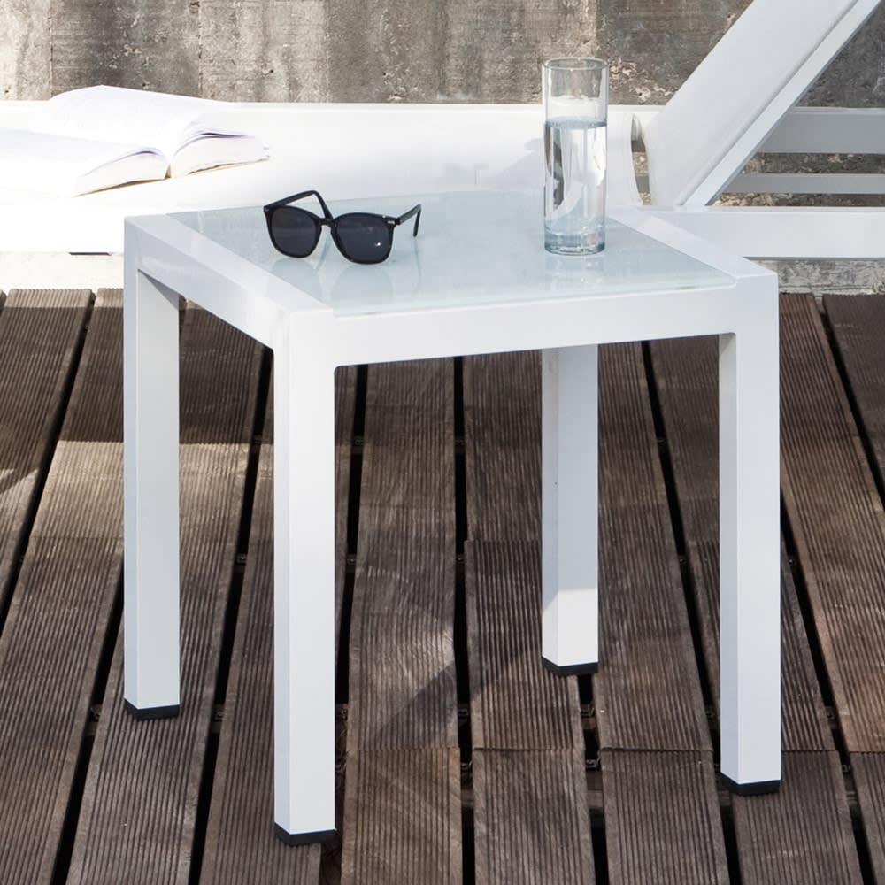 Bout de canap de jardin en aluminium blanc l 45 cm antalya maisons du monde for Canape jardin aluminium