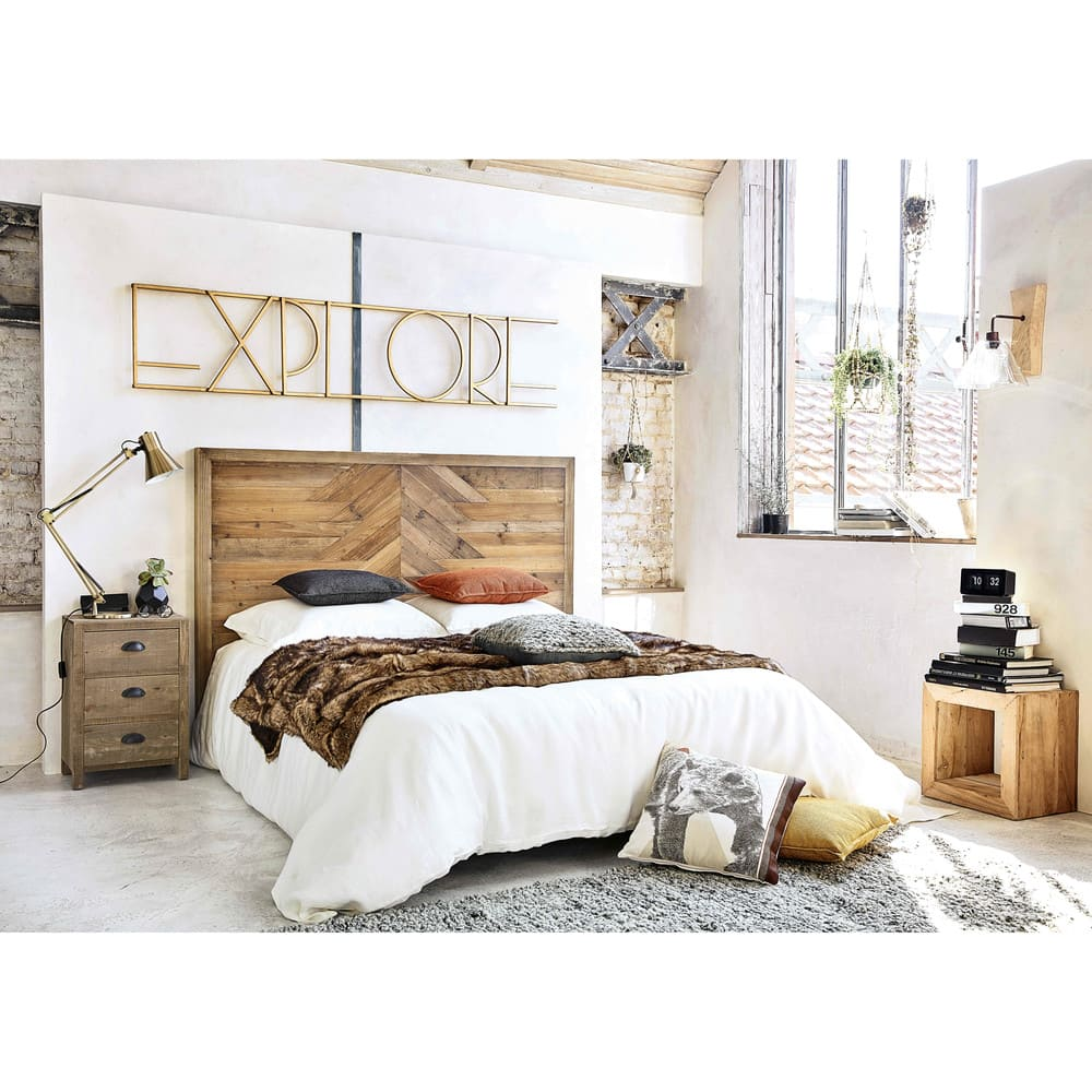 bout de canap effet vieilli octave maisons du monde. Black Bedroom Furniture Sets. Home Design Ideas