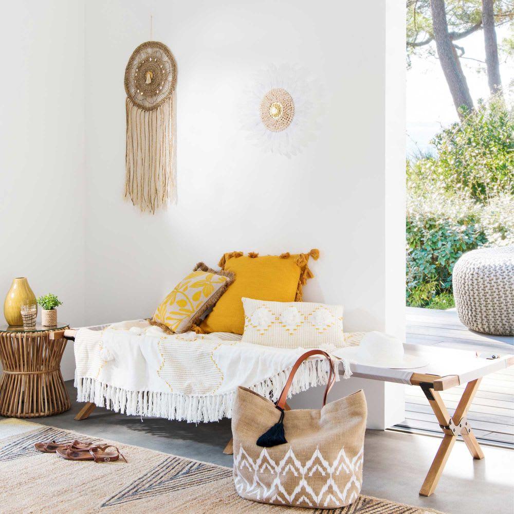 bout de canap en bambou et plateau en verre jubba. Black Bedroom Furniture Sets. Home Design Ideas