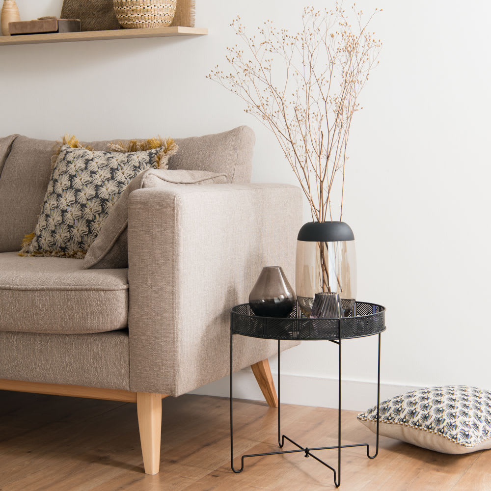 bout de canap en m tal noir et verre inaya maisons du monde. Black Bedroom Furniture Sets. Home Design Ideas