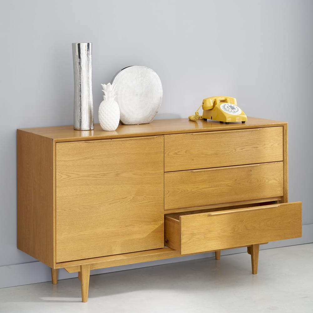 buffet style scandinave en ch ne massif fran ais. Black Bedroom Furniture Sets. Home Design Ideas
