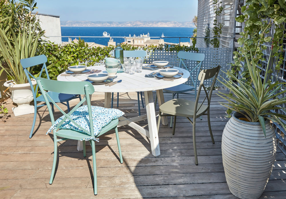 chaise de jardin bistrot en m tal vert kaki tradition. Black Bedroom Furniture Sets. Home Design Ideas