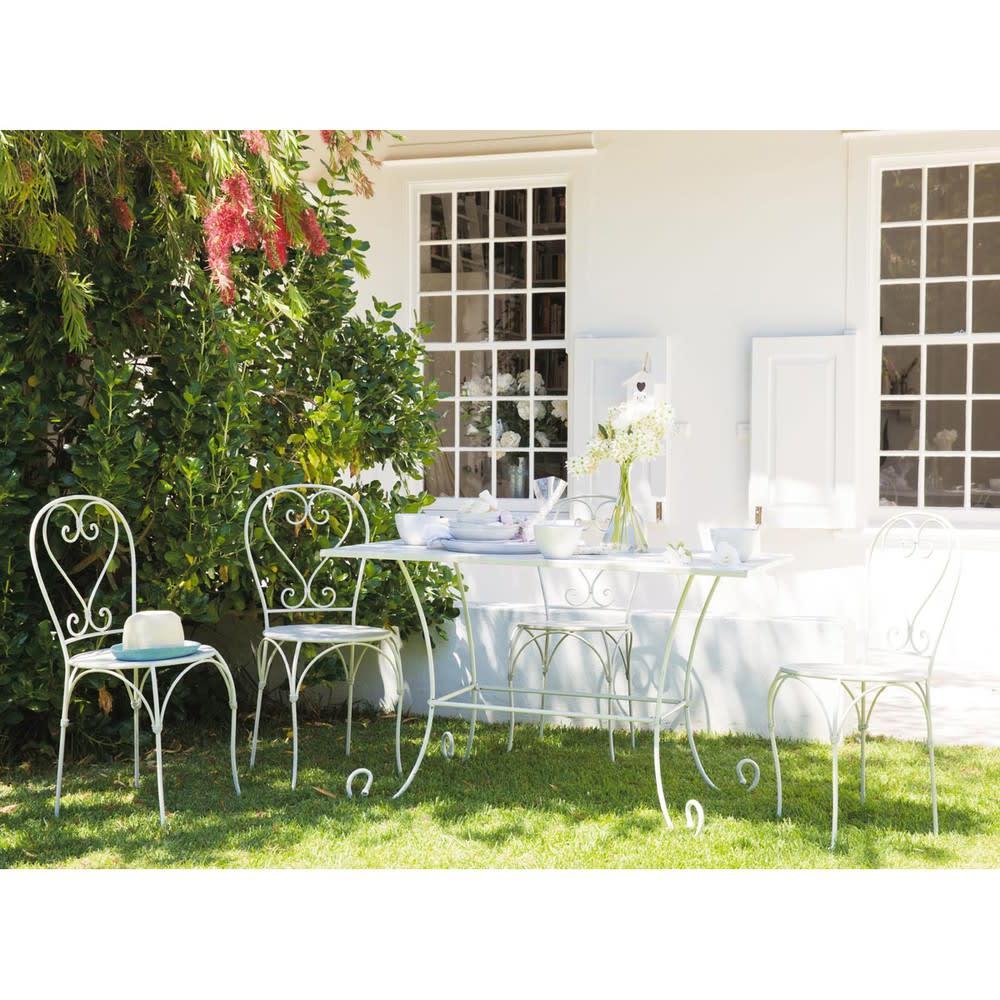 chaise de jardin en fer forg ivoire st germain maisons du monde. Black Bedroom Furniture Sets. Home Design Ideas
