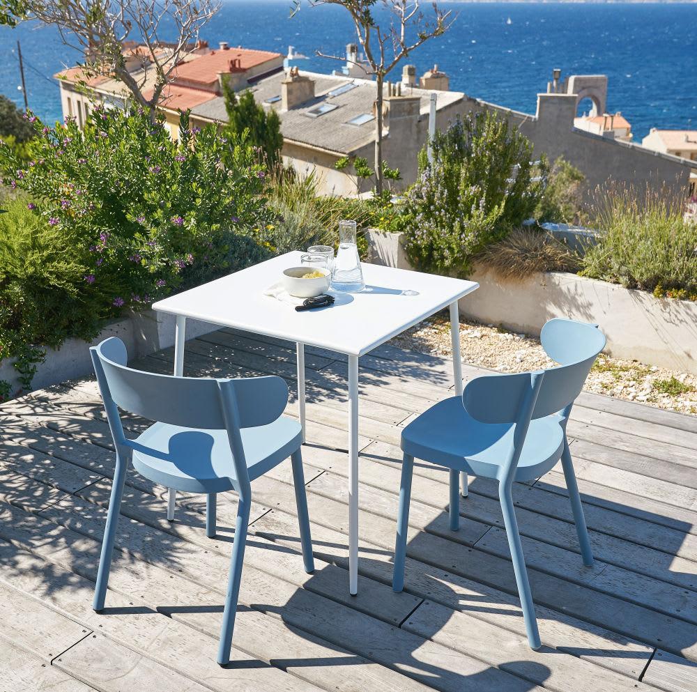 chaise de jardin professionnelle bleue iza pro maisons. Black Bedroom Furniture Sets. Home Design Ideas