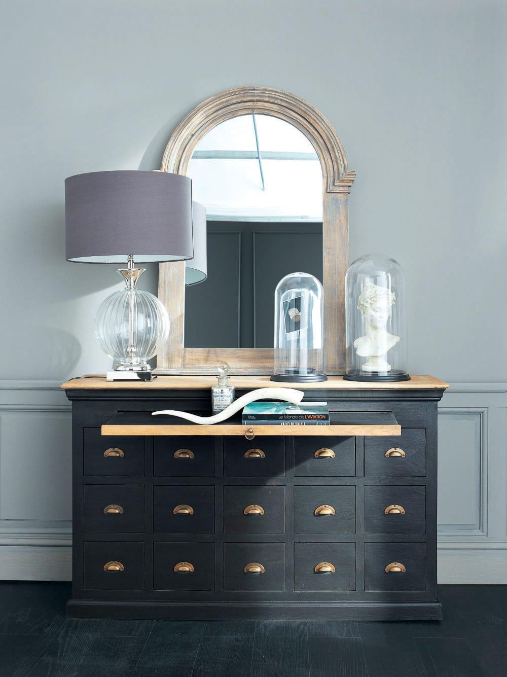 cloche en verre et socle noir glantine maisons du monde. Black Bedroom Furniture Sets. Home Design Ideas