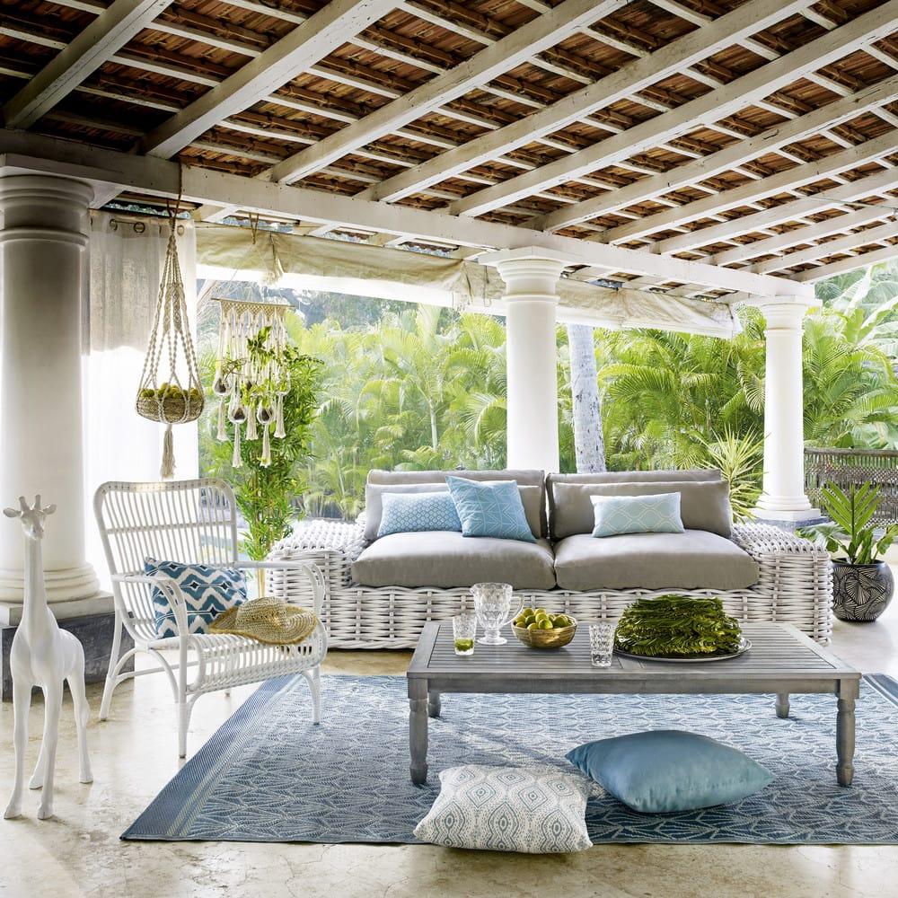 coussin d 39 ext rieur turquoise 30x50 hampton maisons du monde. Black Bedroom Furniture Sets. Home Design Ideas