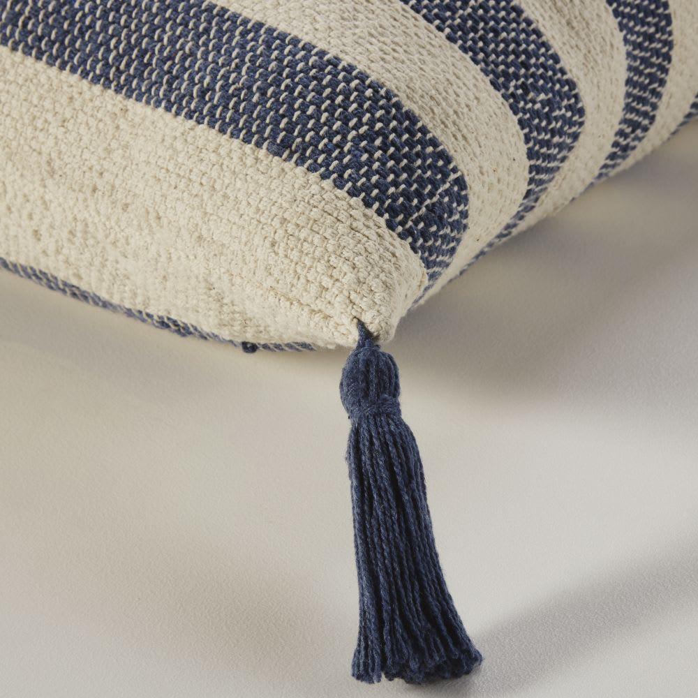 coussin de sol en coton bleu et cru drew maisons du monde. Black Bedroom Furniture Sets. Home Design Ideas