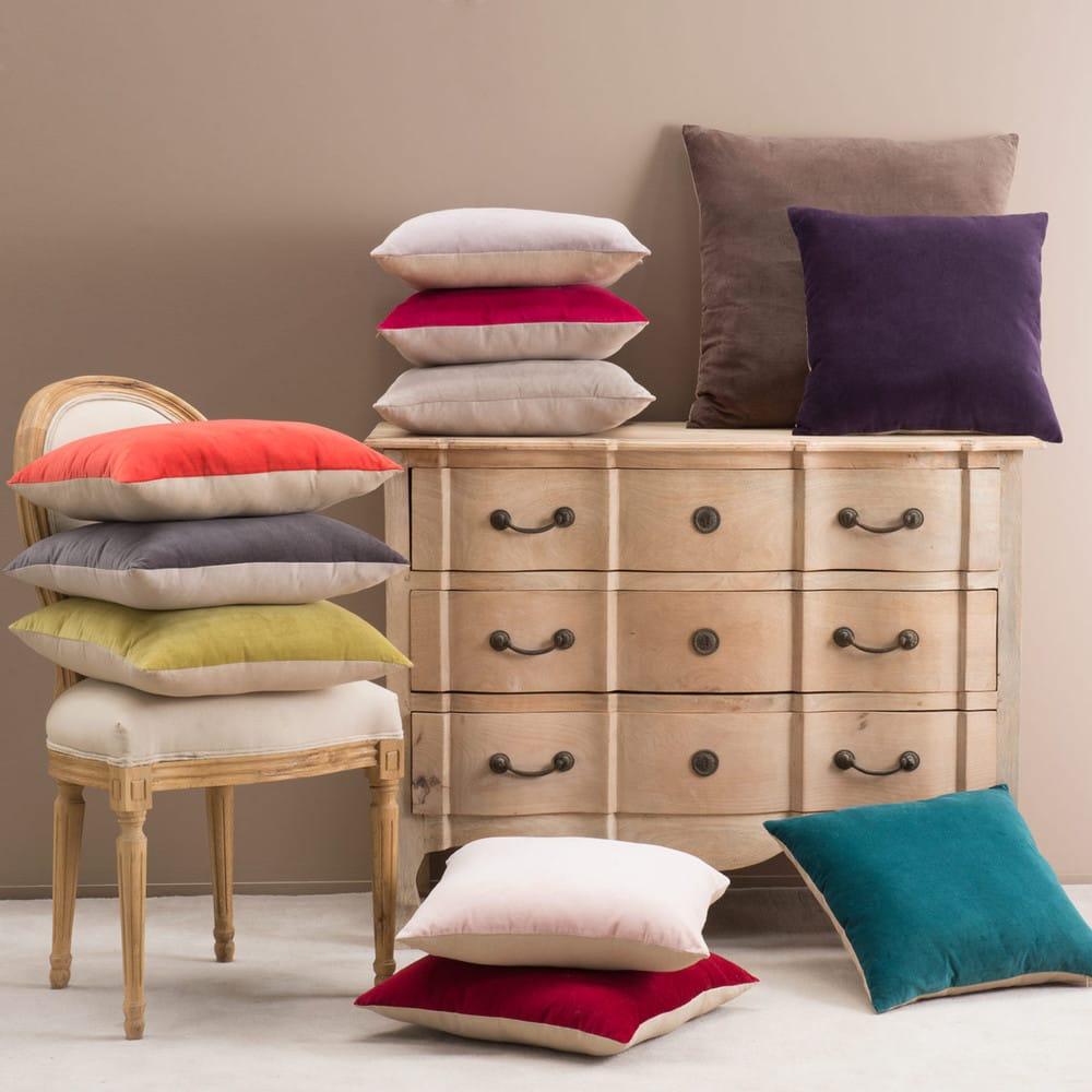 coussin en velours bleu canard 45x45 maisons du monde. Black Bedroom Furniture Sets. Home Design Ideas
