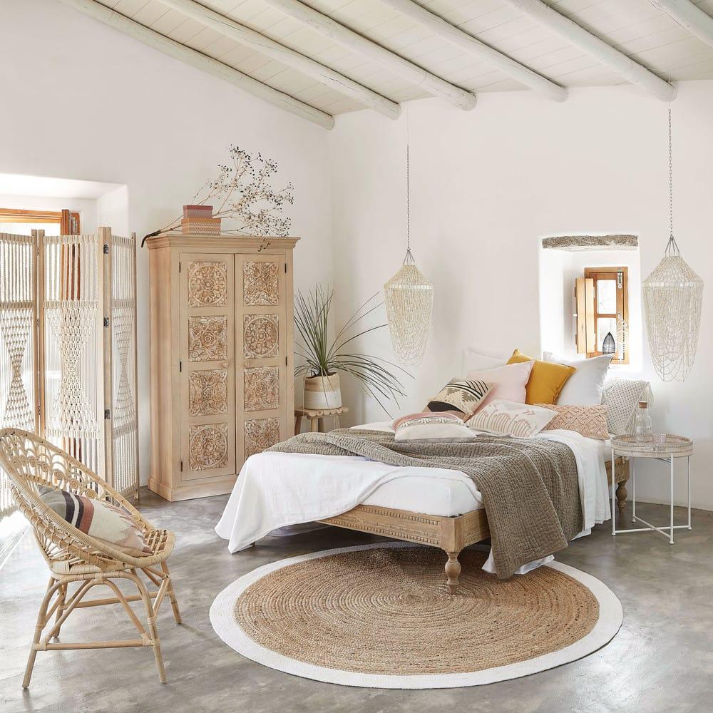 coussin jaune 45x45 chenille maisons du monde. Black Bedroom Furniture Sets. Home Design Ideas