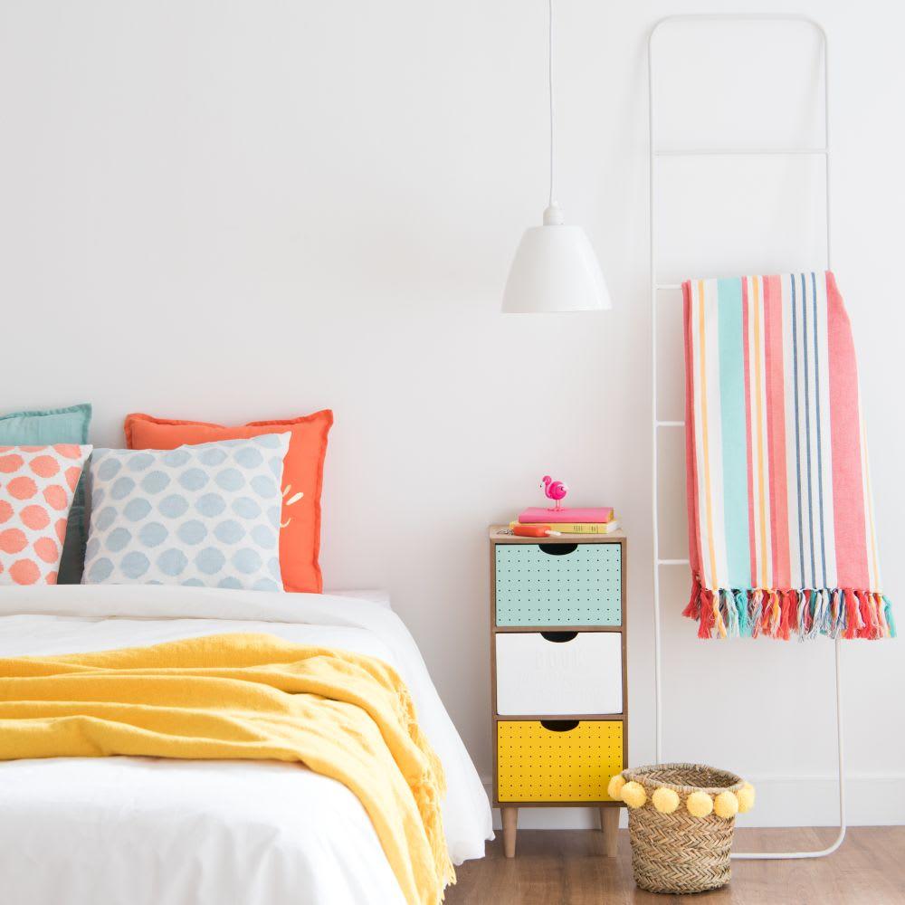 echelle en m tal blanc allyssa maisons du monde. Black Bedroom Furniture Sets. Home Design Ideas