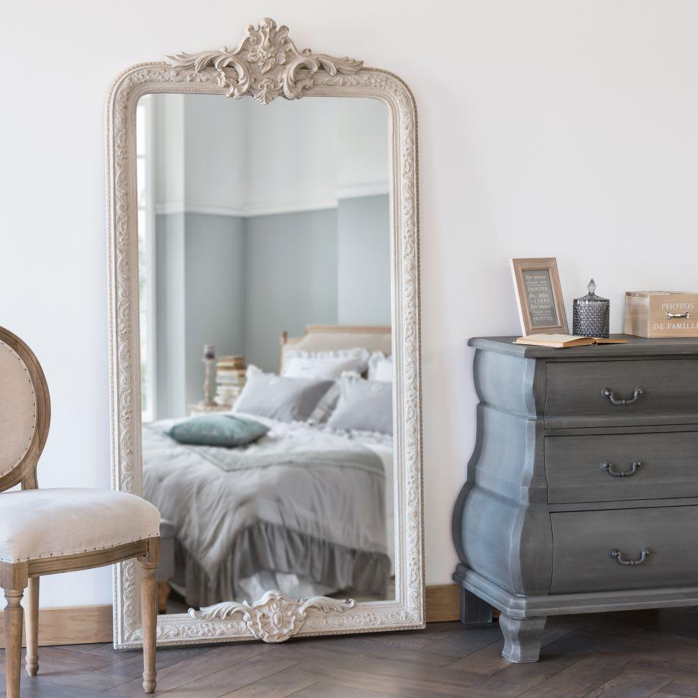 Un espejo muestra lo bueno y lo malo... ¿en qué te quieres fijar hoy?