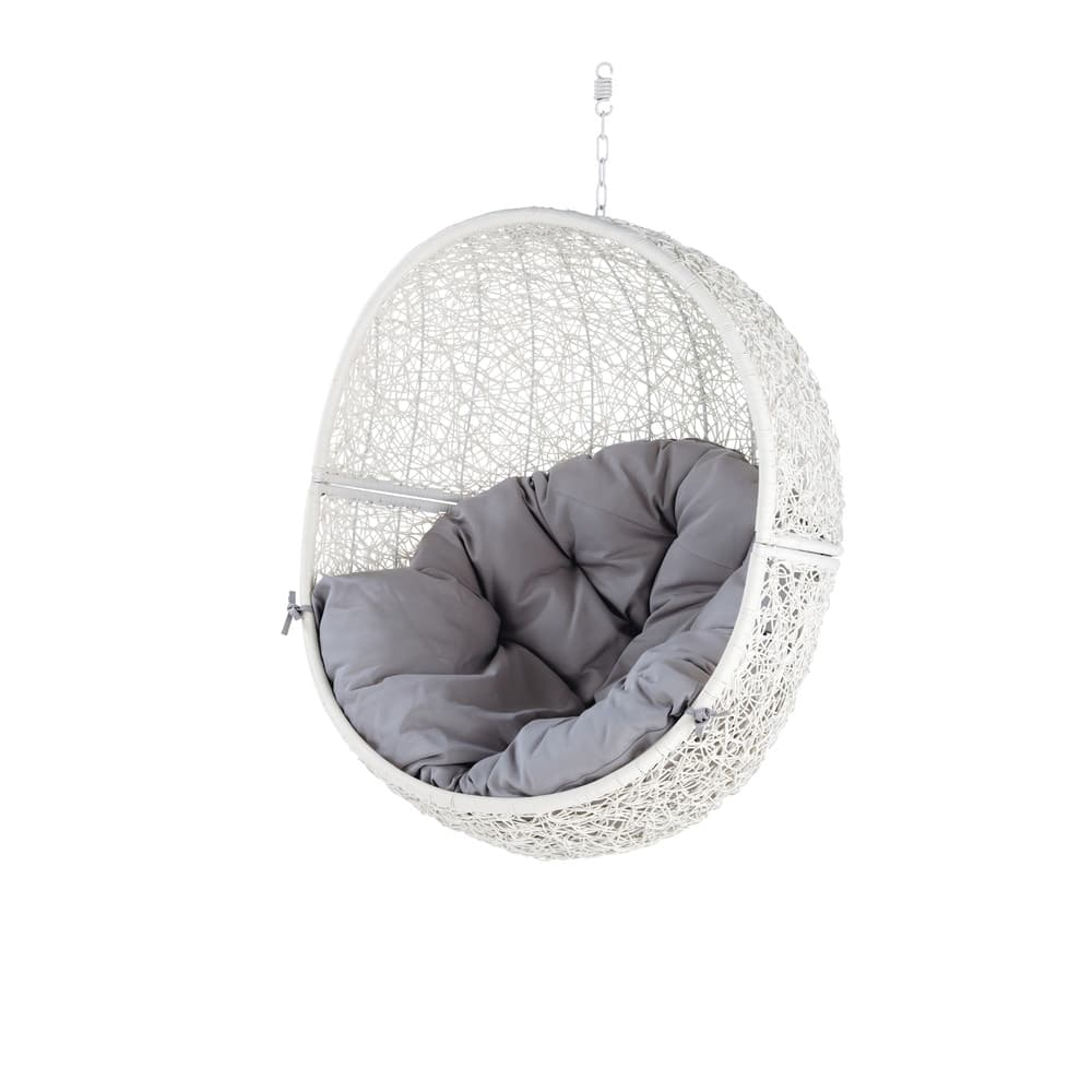 Hangstoel Wit Binnen.Hangstoel Voor In De Tuin Van Wit Wicker Cocon Maisons Du Monde