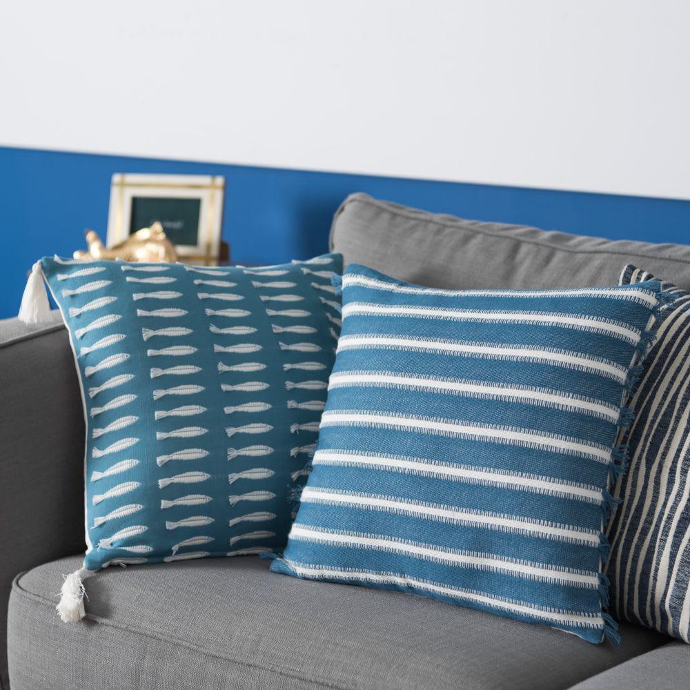 housse de coussin en coton bleu et cru 40x40 corse. Black Bedroom Furniture Sets. Home Design Ideas