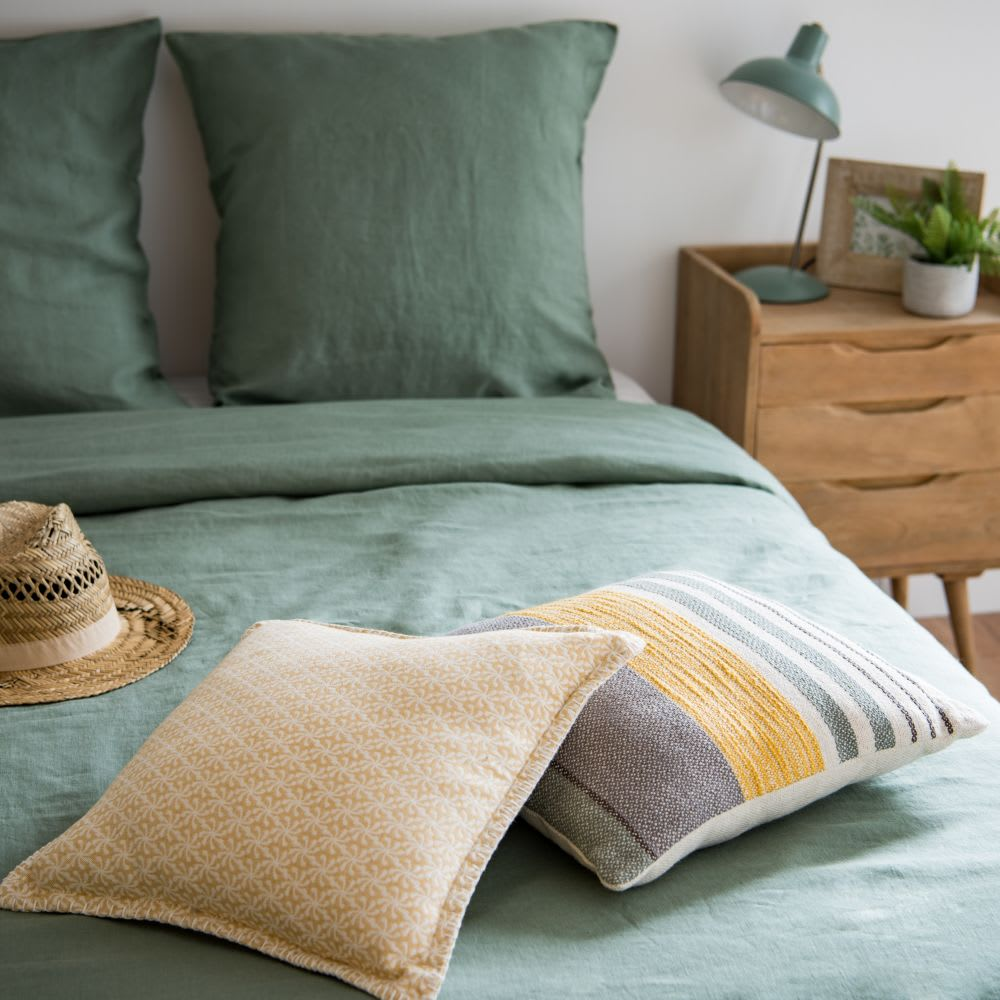 housse de coussin en coton motifs graphiques 40x40. Black Bedroom Furniture Sets. Home Design Ideas