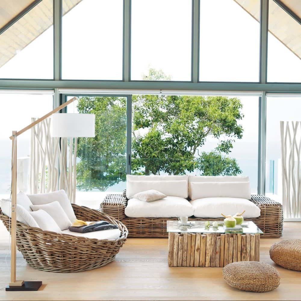 Canapé 3/4 places en rotin et coussins écrus St Tropez | Maisons du ...