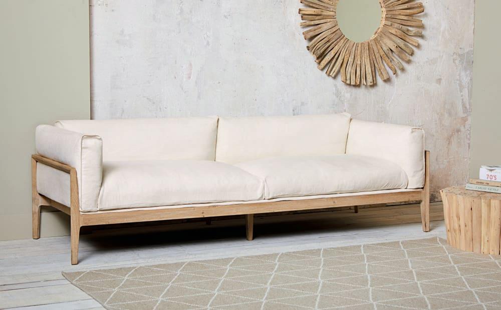 Tavolini In Legno Da Salotto : Tavolino da salotto in legno di eucalipto robinson maisons du monde