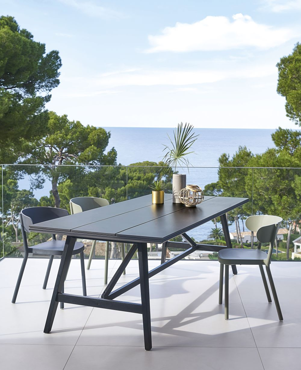 Dark Grey Duraboard® 7/7-Seater Garden Table L7