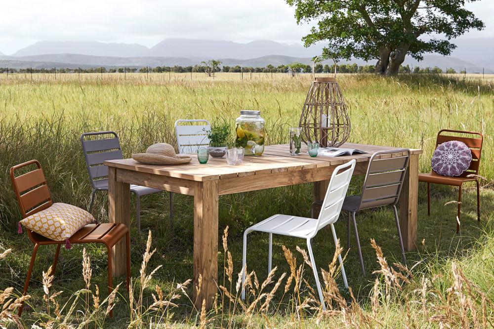 Chaise de jardin en métal terracotta