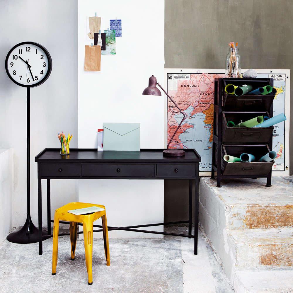konsolentisch im industrial stil aus metall b 130 cm schwarz edison maisons du monde. Black Bedroom Furniture Sets. Home Design Ideas