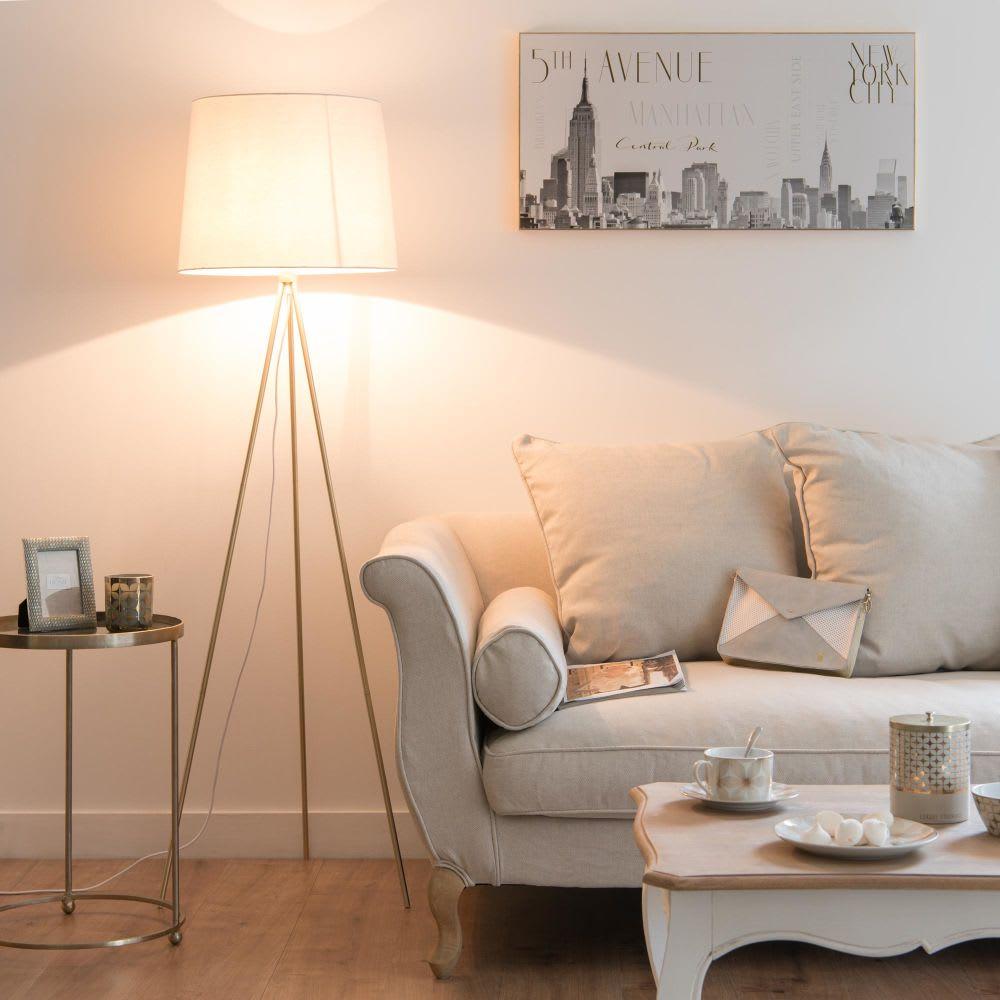 lampadaire tr pied en m tal dor abat jour en coton blanc. Black Bedroom Furniture Sets. Home Design Ideas