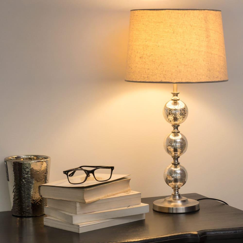 lampe en verre avec abat jour beige antic silver maisons du monde. Black Bedroom Furniture Sets. Home Design Ideas